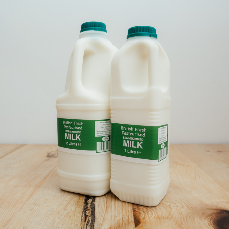 Hilltop Farm shop's product:Semi-Skimmed-milk-range