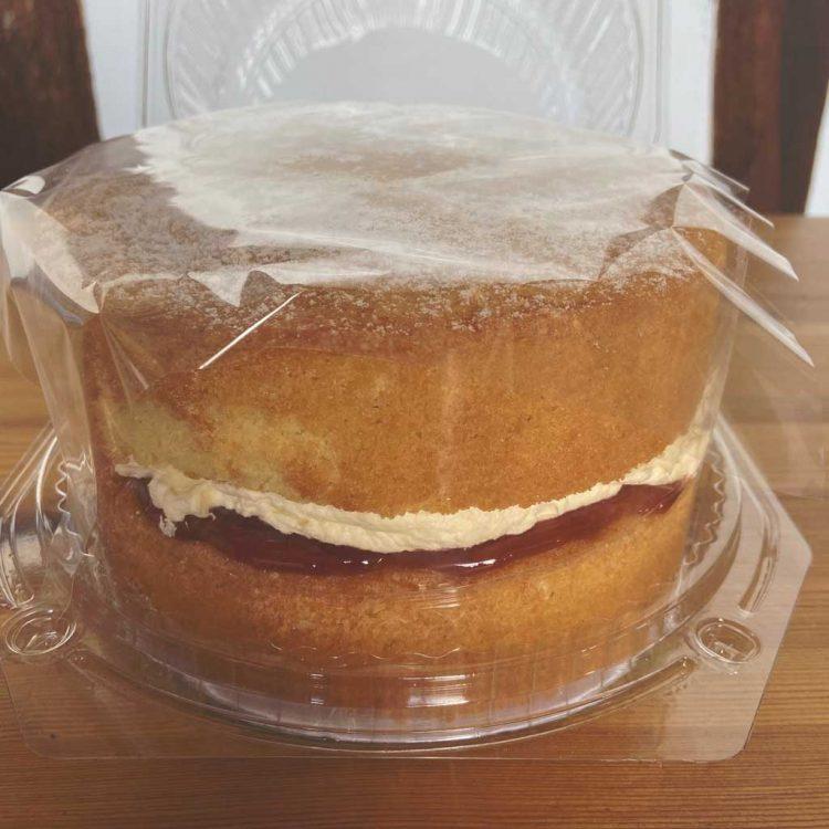Victoria Sponge Cake 6 inch
